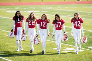 Jan-2015_victorias_secret_football_video_ad